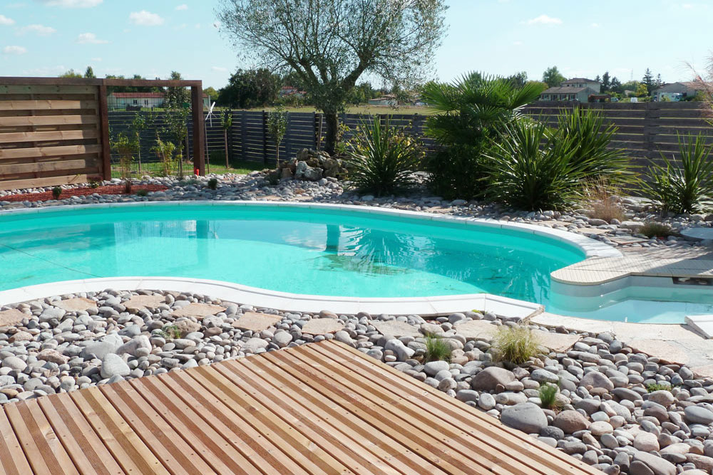 Galerie photos tour de piscine jardin min ral bassin for Piscine de jardin cora